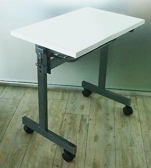 フォールディングテーブルW700xD450の組み立て