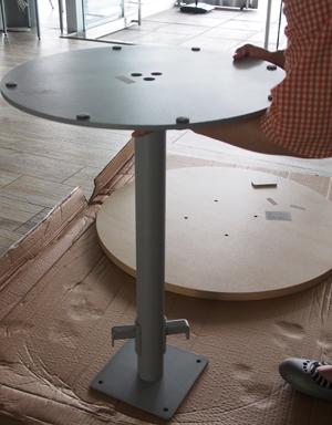 リフレッシュテーブルの組み立て