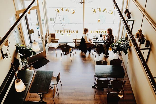 カフェ風オープンスペース