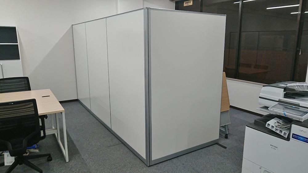 株式会社アールアンドアール様 オフィス納入事例写真