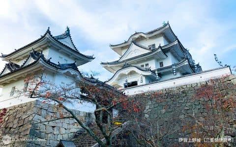 高さ30mもの石垣は圧巻!三重県伊賀市の「伊賀上野城」背景